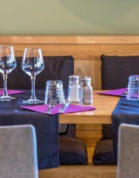 Table de restaurant à Carnac